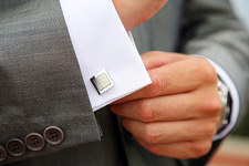 Use innovative cufflink and shirt stud STAYS for security.